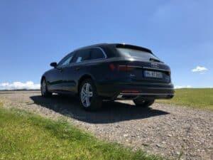 Audi A4 mit Heckansicht
